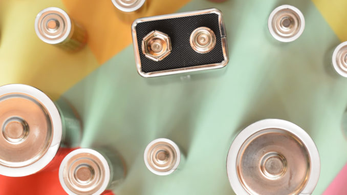 Viele, viele bunte Batterien. Aber welche war gleich noch mal leer ?