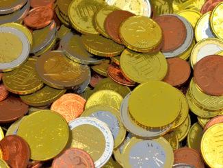 Immer Kleingeld zur Hand... das bedingungslose Grundeinkommen könnte viele Probleme lösen. Oder nicht ?